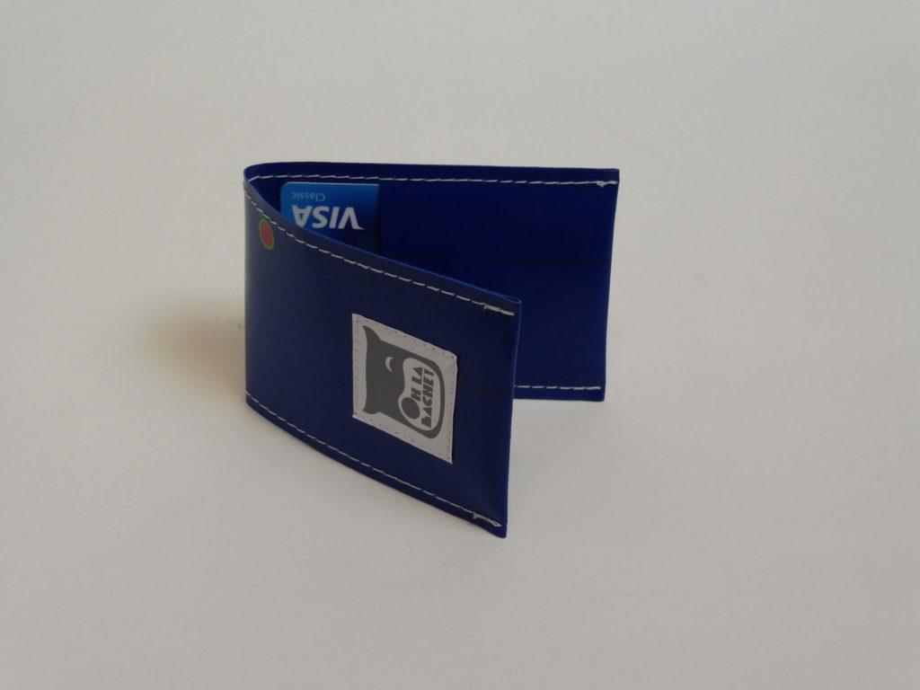 Oh la bâche ! NOé-Porte-cartes-en-bâche-par-Oh_la_bâche-B-1024x768 NOÉ Porte-cartes