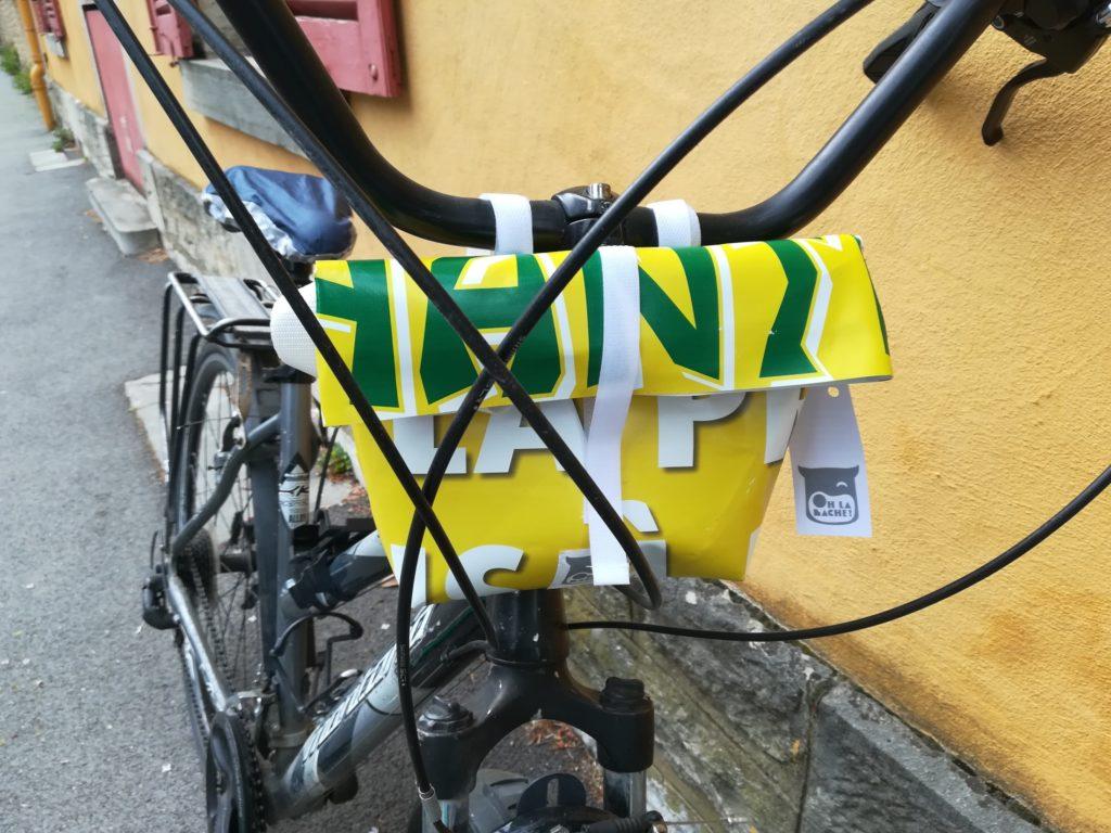Oh la bâche ! BERTINE-petite-sacoche-vélo-en-bâche-Oh_la_bâche-1024x768 BERTINE