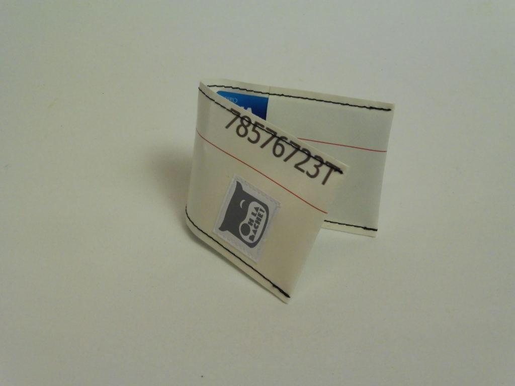 Oh la bâche ! NOé-Porte-cartes-en-bâche-par-Oh_la_bâche-I-1024x768 NOÉ Porte-cartes