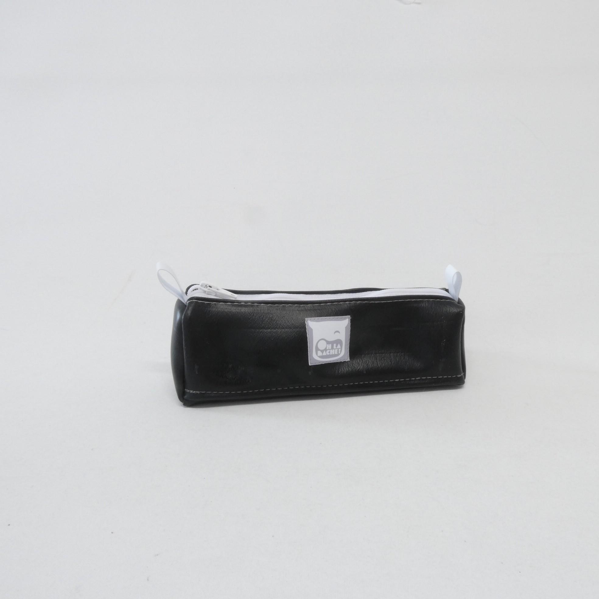 MARTHE Trousse en chambre à air zippée no:r:blanc